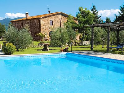 Photo for Farmhouse with billiard room, pool, air con + small lake, 30 min to beaches