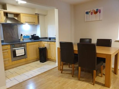 Photo for 2 Bedroom, Spacious, Homely Apartment - Central