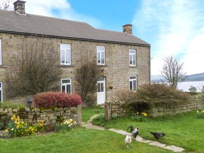 Photo for POTT HALL COTTAGE, family friendly, with a garden in Masham, Ref 2190