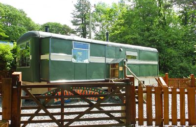 Photo for Showman's Wagon is a renovated 1950s fairground travelling-van for two guests.