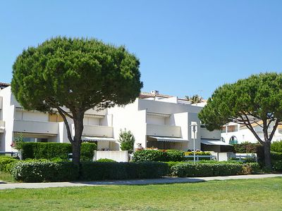 Photo for 2 bedroom Apartment, sleeps 6 in Le Grau-du-Roi with Pool, Air Con and WiFi