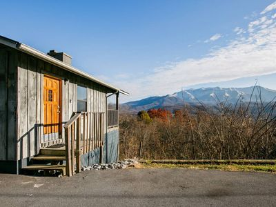 Photo for Admire Stunning Mountain Views at a Calm, Cozy Cabin