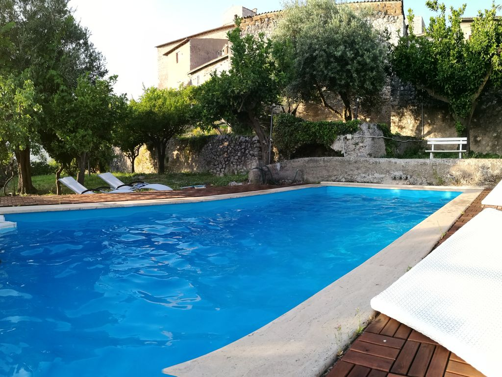 Medieval Villa With Swimming Pool And Homeaway Sermoneta