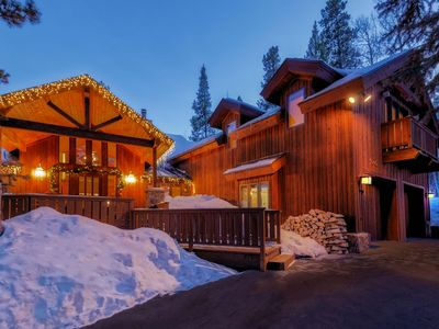 Photo for Steps from Four O Clock Run, Spacious and Charming  Ski-In/Ski-Out Retreat