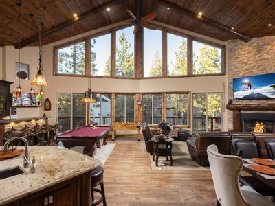 Photo for SPACIOUS MTN CHALET - Upscale 4 bedrooms (sleeps 12), Hot Tub, ideal location!