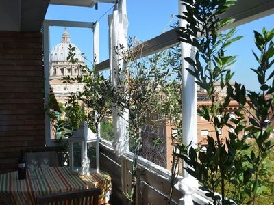Photo for Apartment 1 km from the center of Rome with Internet, Lift, Terrace, Washing machine (9851)