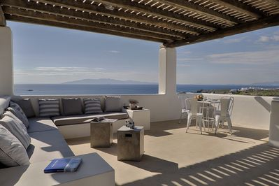 Master bedroom veranda: Views of the infinite blue of the Aegean Sea