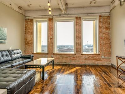 Photo for Apartment in the center of Dallas with Lift, Internet, Washing machine, Air conditioning (923155)