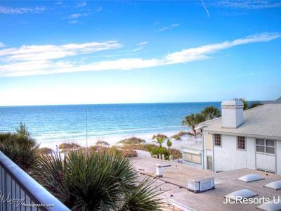Hamilton House 306: 3 BR / 2 BA condo in Indian Rocks Beach, Sleeps 6