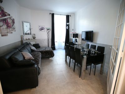 Photo for Juan center, 50m from the sea, 78 m2, 6 pers, air conditioning, garage, ****