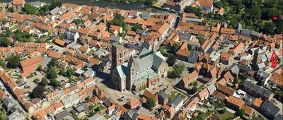 Photo for Located centrally in the heart of the old town of Ribe. No need for driving here.