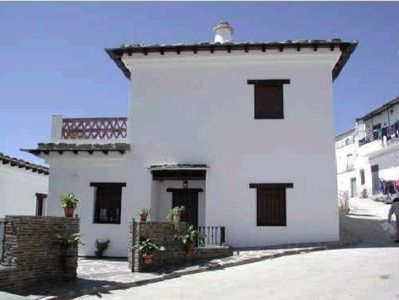 Photo for Rural apartment El Mirador de Los Bérchules for 6 people