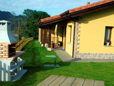 Photo for 6BR Cottage Vacation Rental in Coviella, Asturias