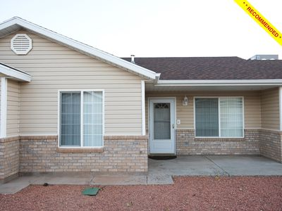 Photo for The Creekside Casa - 3BD, 2BA Townhome Downtown Kanab