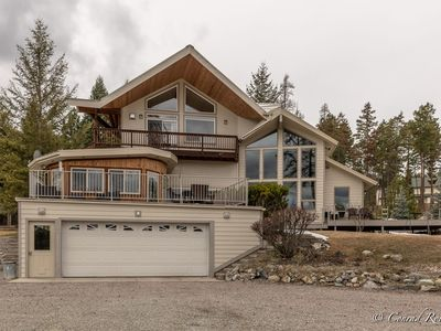 Photo for New Lakeside Listing! Immaculate 4 Bed 3 Bath Retreat Just Minutes from Lake