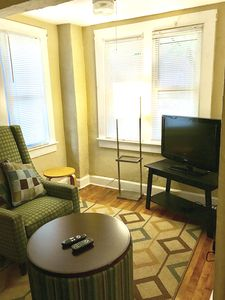 Photo for 1BR Apartment Vacation Rental in Lakewood, Ohio