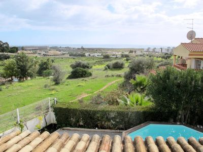 Photo for 4 bedroom Villa, sleeps 8 in Albardeira with Pool, Air Con and WiFi
