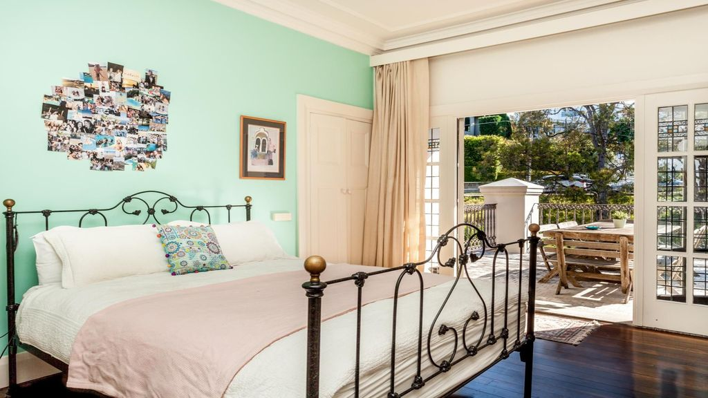 THE VUE (H659)- L'Abode Accommodation