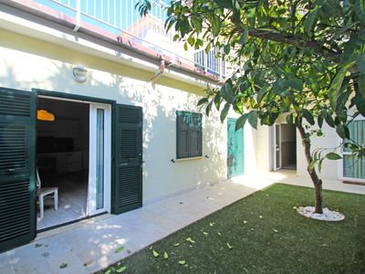 Photo for Nice apartment for 4 guests with WIFI, A/C, TV, balcony, pets allowed and parking