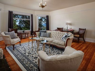 Photo for Private Floor in Historic Mansion - Mins to Dwntwn, 1 Mile to UofP, Willamette River View, 2 Master