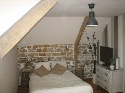 Photo for Apartment 75m2 new Dinan historic center. Free parking quiet