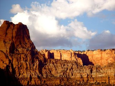 Photo for LV2 At the Doorstep of Zion Nat Park and driving distance to Bryce hike & bike