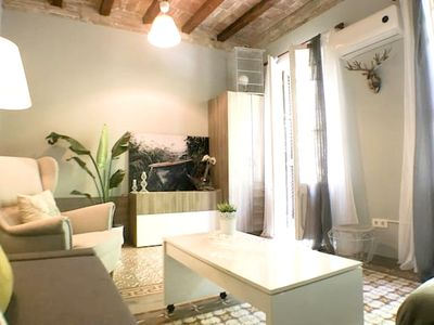 Photo for Nice apt in Barcelona and Wifi