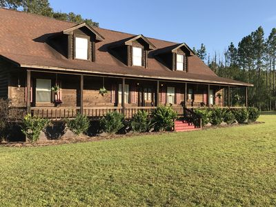 """""""Cherokee Ranch"""" Pet Friendly/Stables / Kennels / Vacation Cabin/ Executive Home"""