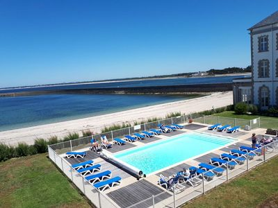 Photo for Beautiful sunny T3 in luxury residence (heated pool and beach access)
