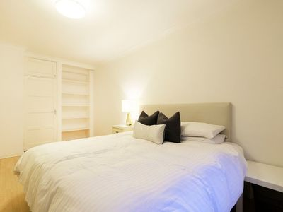 Photo for Bright and Spacious Flat in London - Sleeps 4