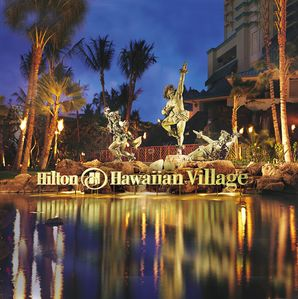 Photo for Hilton Hawaiian Village. Fabulous beach and lagoon!