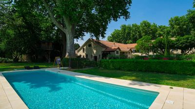 Photo for Beautiful air-conditioned property for 2 to 20 people with swimming pool on the wine route