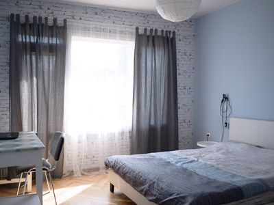 Photo for Cozy 2 Bedroom Apartment
