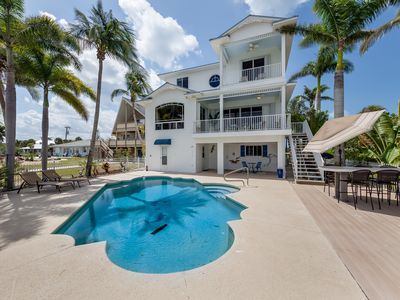 Photo for Dock Holiday Magnificent Bayfront Escape
