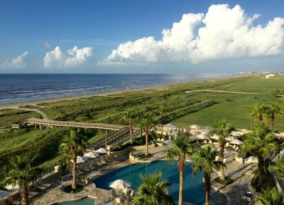 Ideally located in magnificent hi-rise condo-(chosen for the view) -  Galveston