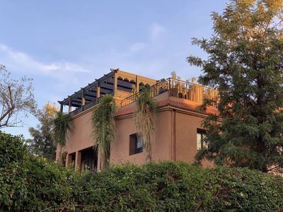 Photo for Charming villa in residential area, pool, terraces