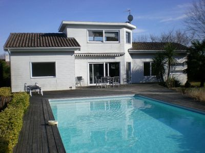 Photo for Family villa, quiet, near Bordeaux and Arcachon