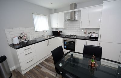 Photo for City Centre Apartment - Walking Distance to all city centre attractions