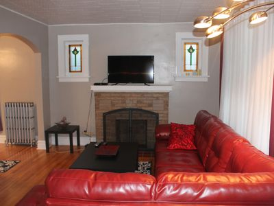 Photo for ★ Spacious home, minutes from Downtown, sleeps 9! ★