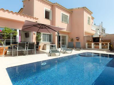Photo for House with private pool, large terrace, BBQ and FREE WIFI 15 minutes from the beach