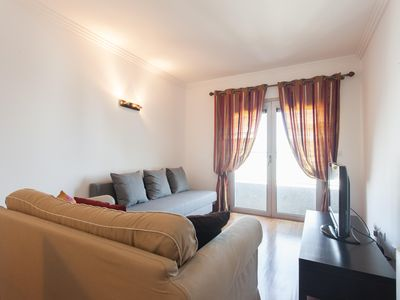 Photo for Expo Cozy apartment in Parque das Nações with WiFi, integrated air conditioning (hot / cold) & lift.