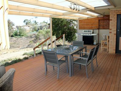 Photo for Mannum Retreat, Large decking with outstanding views of  the Murray River