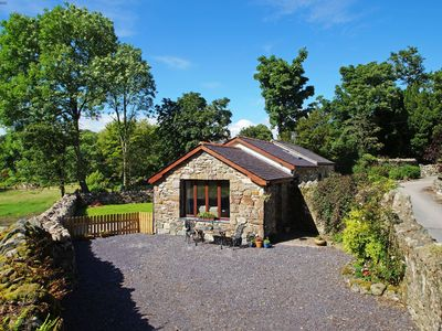 Photo for Traditional cottage for 6 just 4 miles from the foot of Snowdon