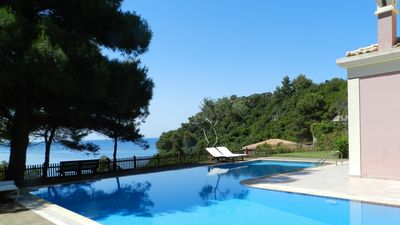 Photo for Villa with pool - 200m to the beach