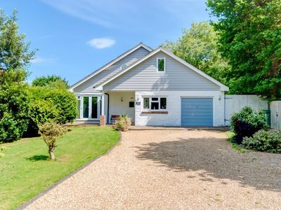 Photo for 4 bedroom Cottage in Seaview - IC067