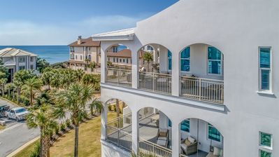 Let these Gulf Views be the Backdrop to your Vacation
