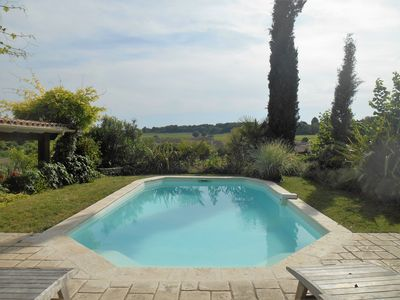 Photo for Large family villa in the heart of the vineyards