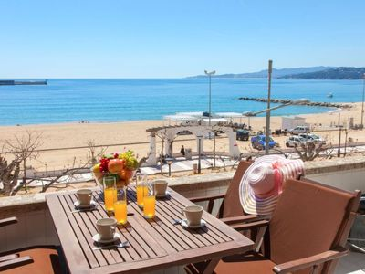 Photo for Apartment Mallorca in Palamós - 8 persons, 4 bedrooms