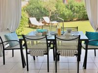 Very nice clean villa with nice bathrooms and specious downstairs.