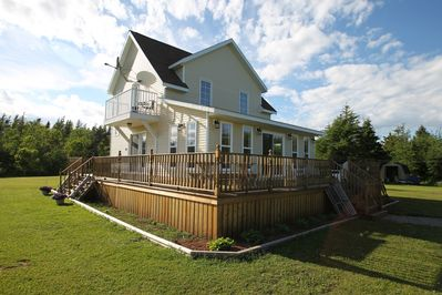 Two storey, three bedroom home away from home!